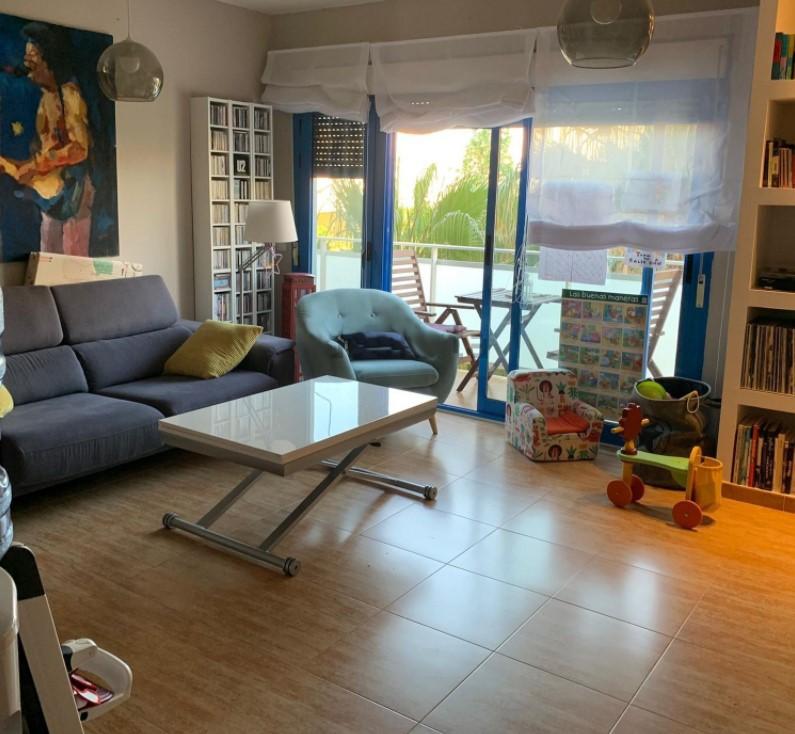 Квартира в урбанизации с бассейном в одном из лучших районов Плайя Сан Хуан