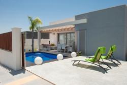 Очаровательная вилла 81 кв.м с бассейном, Лос Монтесинос