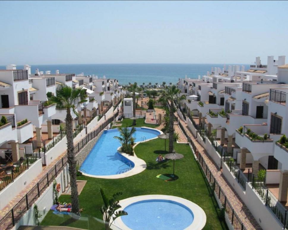 Апартаменты с панорамным видом на море в Торревьехе
