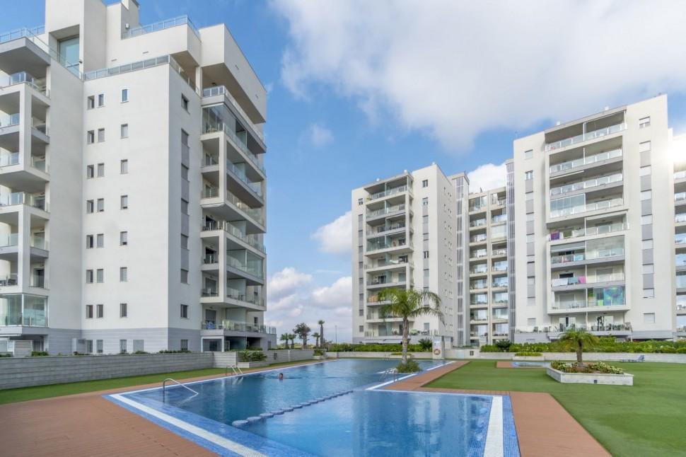 Современная квартира 75 кв.метров с видом на море, Ла Мата