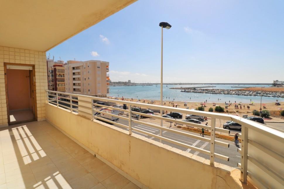Большая квартира 110 кв.м с прямым видом на море, Торревьеха