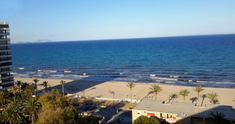 Квартира с видом на море на пляже Мухавишта, Эль Кампельо