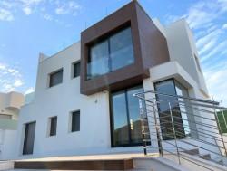 Двухэтажная вилла 247 кв.метров, Лос Балконес, Торевьеха