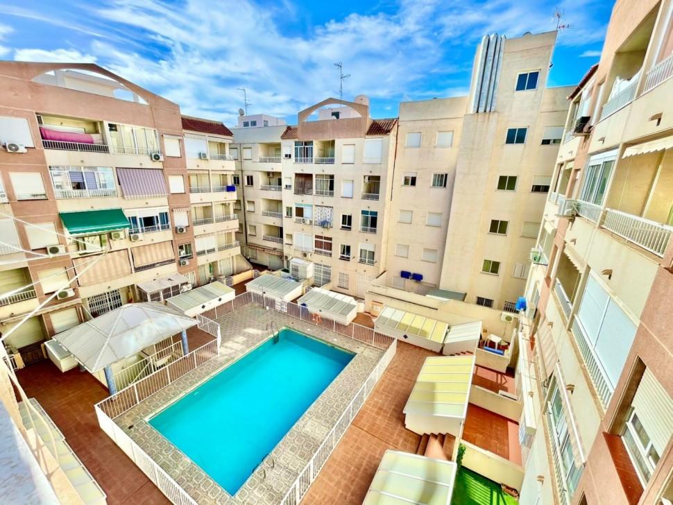Отличная квартира 64 кв.м. в Торревьехе
