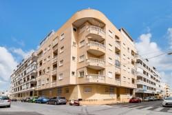Квартира 63 кв.м., недалеко от Плайя дель Кура, Торревьеха