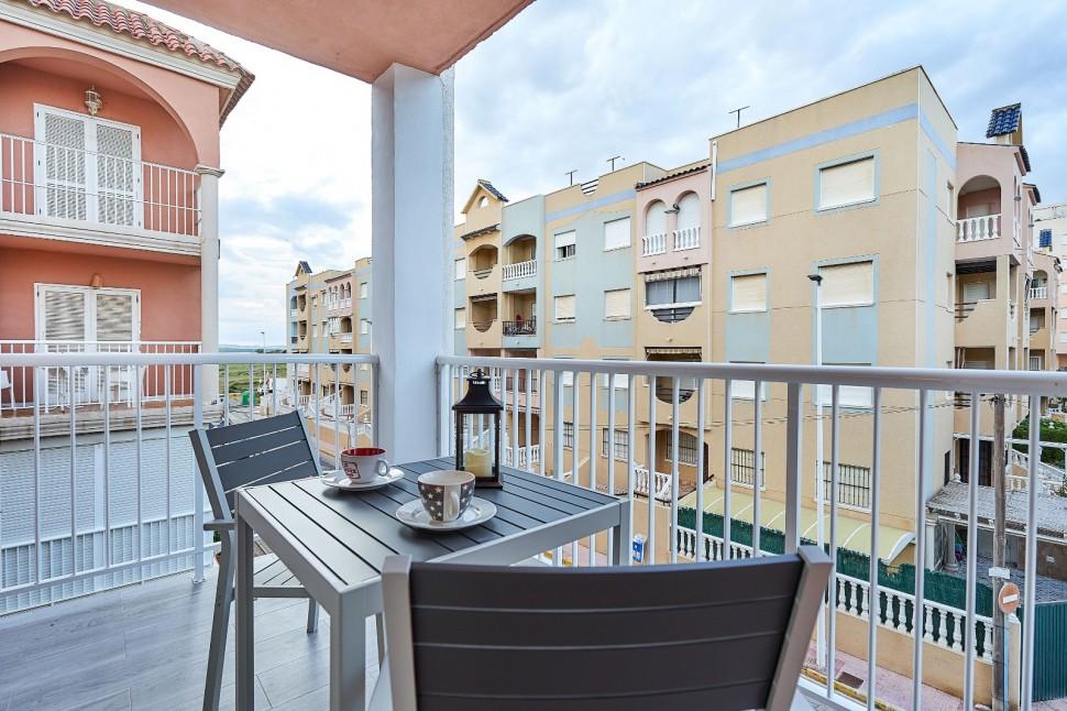 Красивые апартаменты в 50 м от пляжа в Ла Мате, Торревьеха
