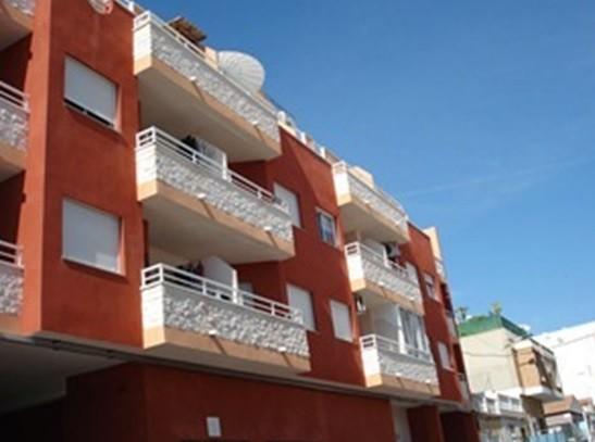 Новые апартаменты на втором этаже в Торревьехе