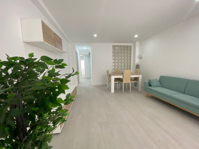 Квартира 111 кв.м. в районе Mercado Central, Аликанте