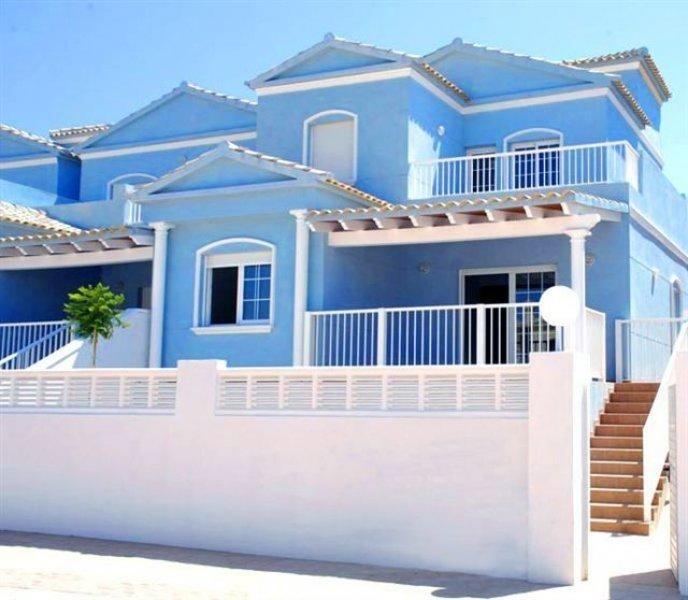 Красивейшие бунгало в новом жилом парке рядом с пляжем