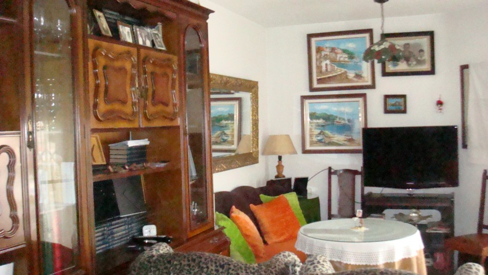 Меблированные апартаменты в 300 метрах от пляжа в Торревьехе