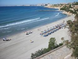 Квартира с туристической лицензией в Cabo Roig, пляж Calas de Capitan