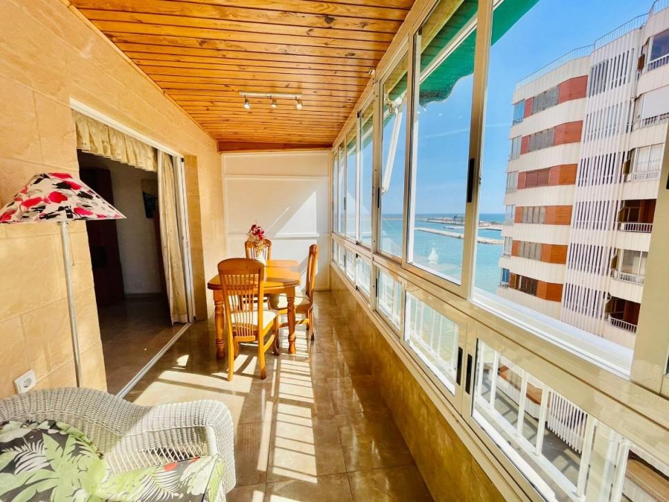 Отличная квартира 90 кв.метров в Торревьехе