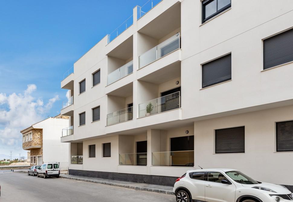 Новые апартаменты 111 кв.м. в Бигастро, полностью оборудованы