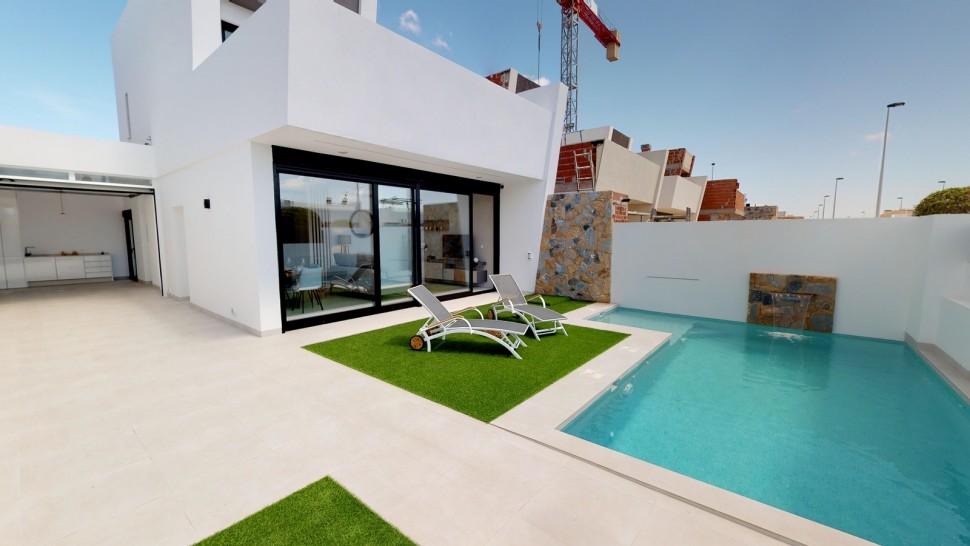 Отдельный дом 128 кв. метров в Сан-Педро-дель-Пинатар