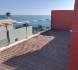Красивый пентхаус 120 кв.м. в Кальпе с видом на море