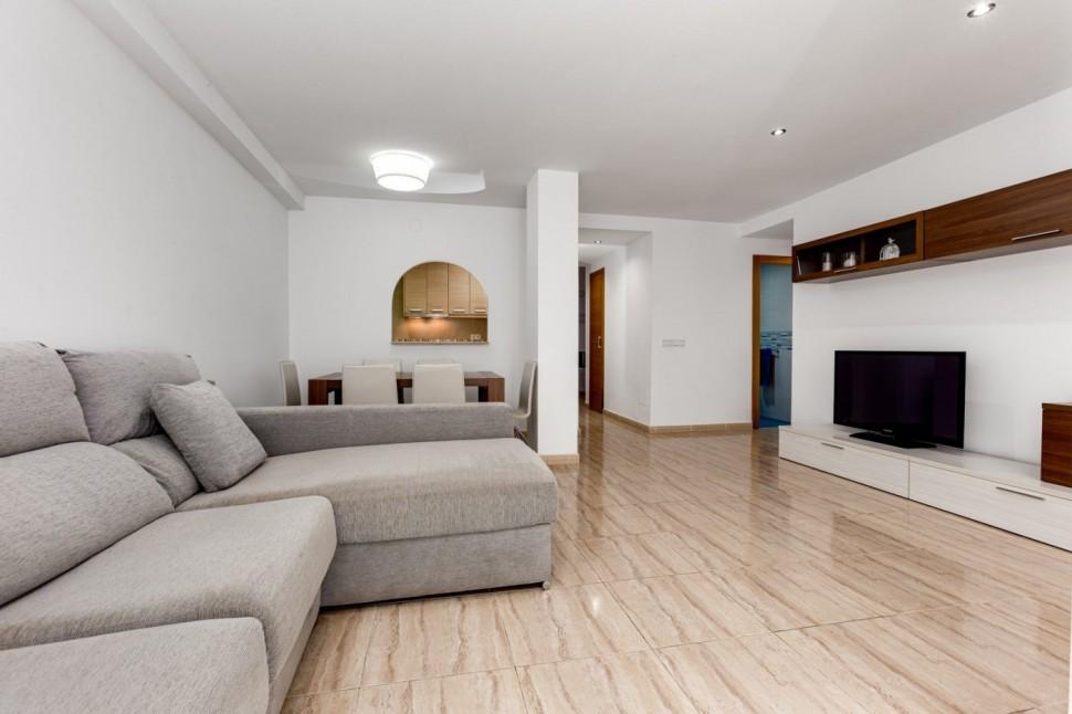 Квартира 99 кв.м. в 200 м от Playa del Cura, Торревьеха