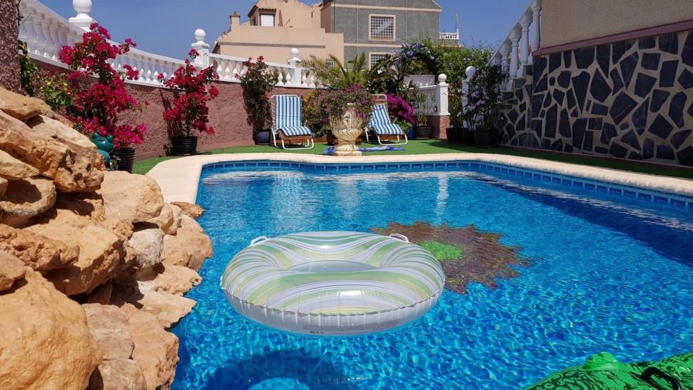 Дуплекс с бассейном в Санта Пола Ареналес дель Соль