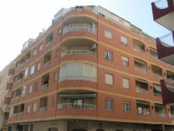 4-х комнатные апартаменты с мебелью и техникой в Торревьехе