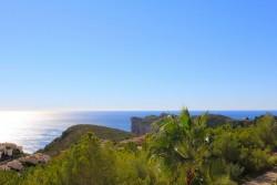 Эффектная вилла с великолепным видом на море в Бенитачель