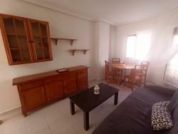 Квартира с новым ремонтом рядом с пляжем в Торревьехе
