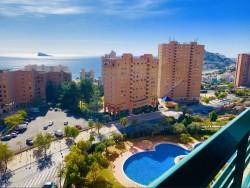 Впечатляющая квартира 80 кв.м. в Бенидорме, пляж Пониенте