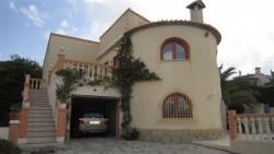 Великолепная вилла с 2 домами в Кальпе
