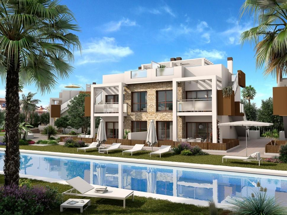 Апартаменты напротив Лас Салинас площадью 120 кв.метров