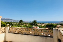 Отдельная вилла 223 кв.м. с видом на море и горы, Ла Нусия, Бенидорм