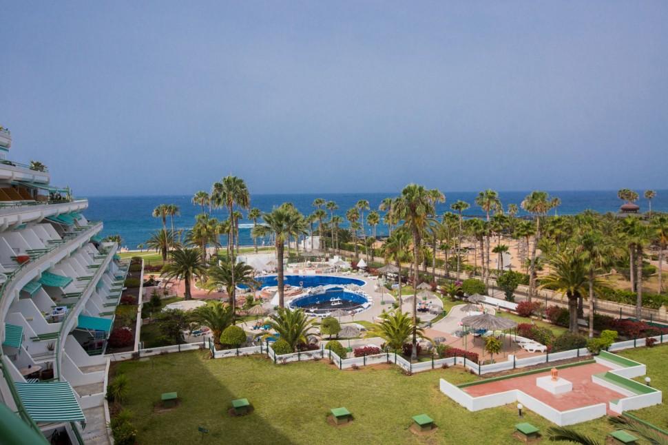 Квартира 58 кв.м на первой линии океана в Bahía del Duque, Тенерифе