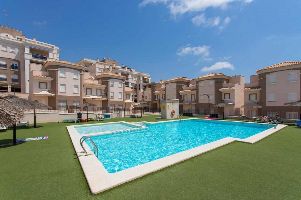 Апартаменты в 100 метрах от пляжа от Санта Пола