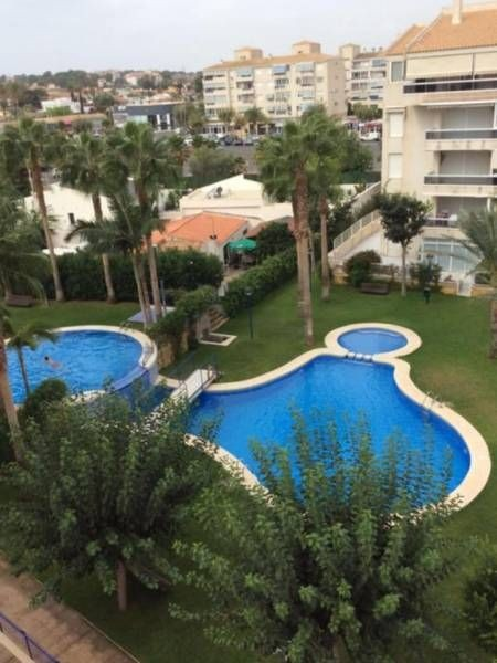 Роскошные апартаменты с двухъярусным бассейном
