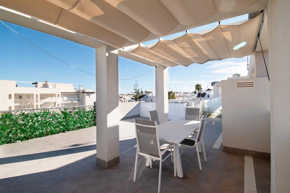 Великолепная квартира 75 кв.м. в 300 метрах от моря в Миль Пальмерас