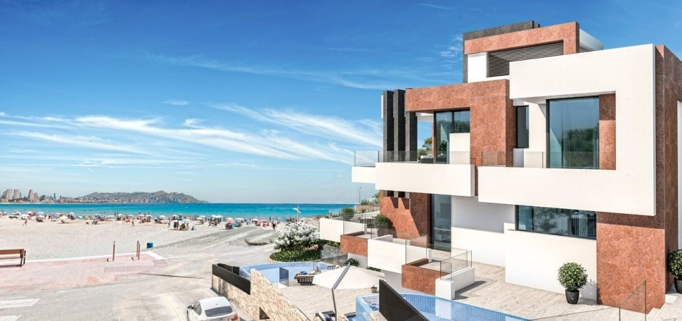 Новые апартаменты 297 кв.м. на первой линии пляжа, Бенидорм