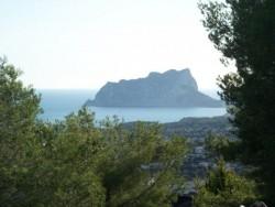Современная вилла с видом на море в Морайре