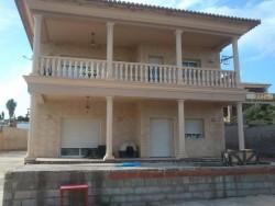 Вилла новой постройки рядом со всеми услугами