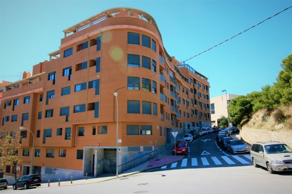 Просторная 1-комнатная квартира в Аликанте