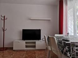 Прекрасная квартира с ремонтом и мебелью в Аликанте