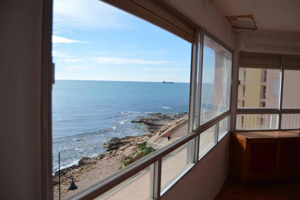 Квартира 120 кв.метров у морского берега в Торревьехе